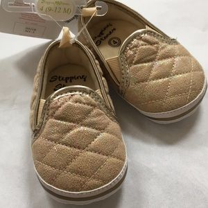 4 baby sneakers Glam Gold Iridescent quilted shoe